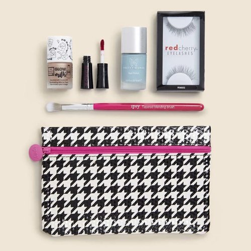 Valentine's day gifts for her- ipsy glam bag